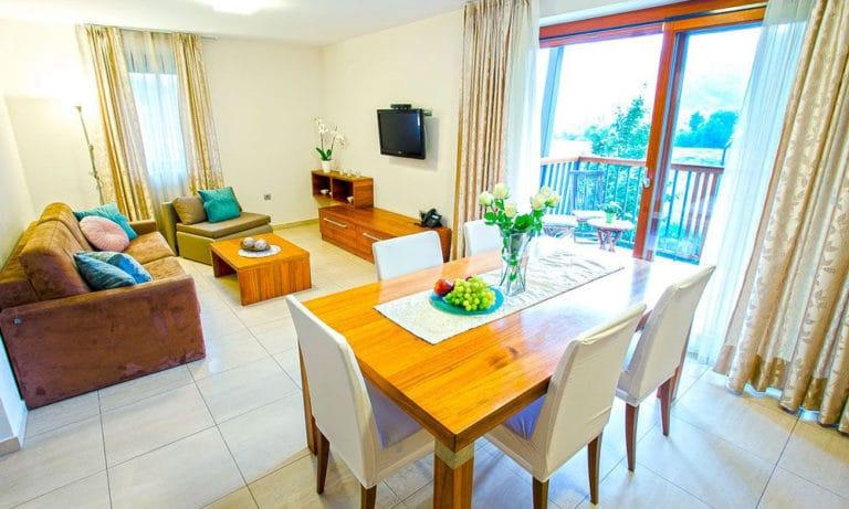 Villa-Aina-Apartment5-768x461