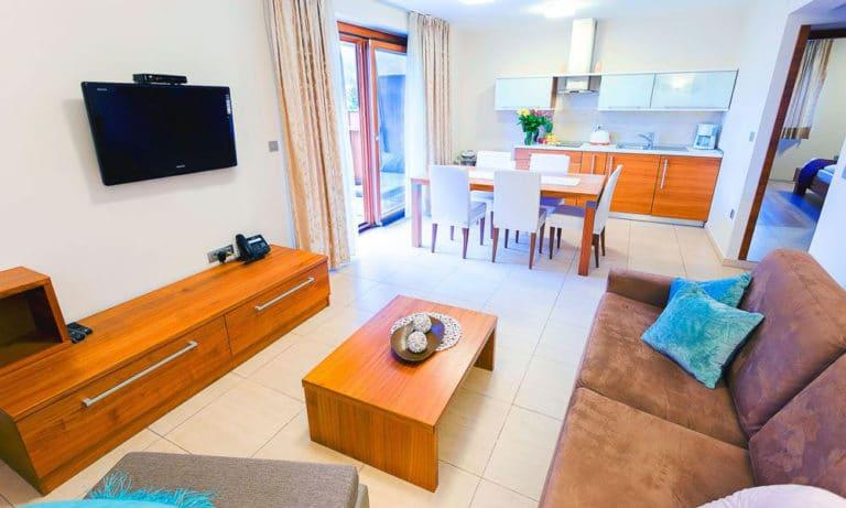 Villa-Aina-Apartment7-768x461
