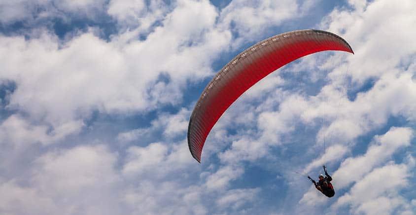 vila-aina-paragliding-02